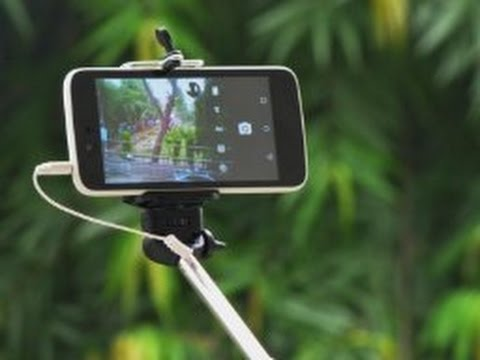 How to Use SELFIE STICK - Wired Cable Selfie Stick Review