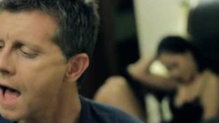Giannis Savidakis Feat. Katerina Tsavalou - Ginomai Theos (OFFICIAL VIDEO CLIP)