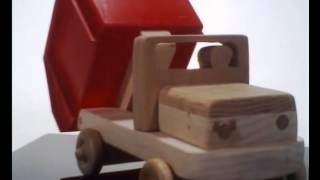 Wooden Toy Truck With Plastic Bin Working Dump