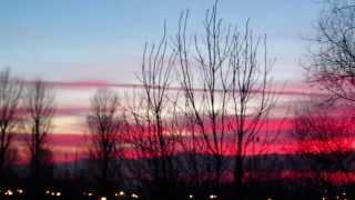 Purpurowy zmierzch oraz świecąca planeta Wenus. Łowicz. 2 12 2013r.
