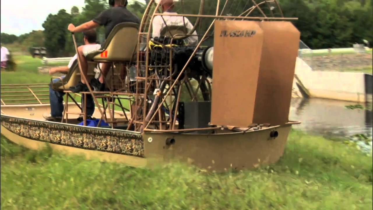 The Loop: Airboat Extreme (airboats go over dam)