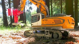 RC LIEBHERR R970 SME WITH WOOD CUTTER! COOL RC ACTION IN THE WOODS!