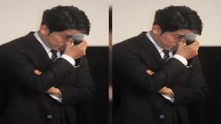 V6の岡田准一(37)が28日、都内で主演映画「散り椿」初日舞台あいさつ...