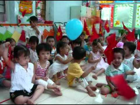 Lớp học mẫu giáo của Thái Phong 1.DAT