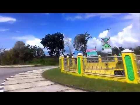 Jalanan Kota Namlea Kab Buru - Maluku