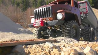 RC VEHICLES IN DANGER! QUICKSAND AND MUD MAKES TROUBLE! COOL RC MACHINES IN ACTION!
