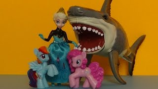 elsa saves mlp kristoff from shark attack my little pony disney frozen