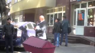 Sicriul roșu a fost adus de Ghelici! Ce făcea poliția?