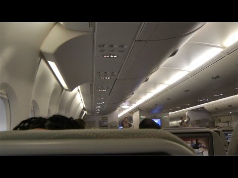 A380 Economy Class Emirates EK413: Auckland to Sydney