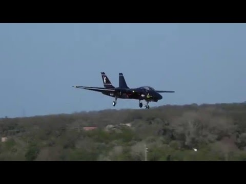 Skymaster F-14 Tomcat 2nd Flight - YouTube