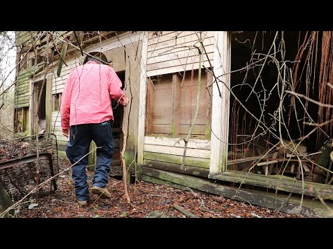 Exploring Abandoned 190 Year Old Plantation House in Georgia