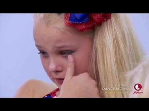 Dance Moms: JoJo is REMOVED from the dance + CRIES (Season 5, Episode 4)