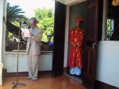 Ông Vũ Ngọc Liễn đọc văn tế giỗ Đào Tấn và lễ dâng hương lần thứ 105