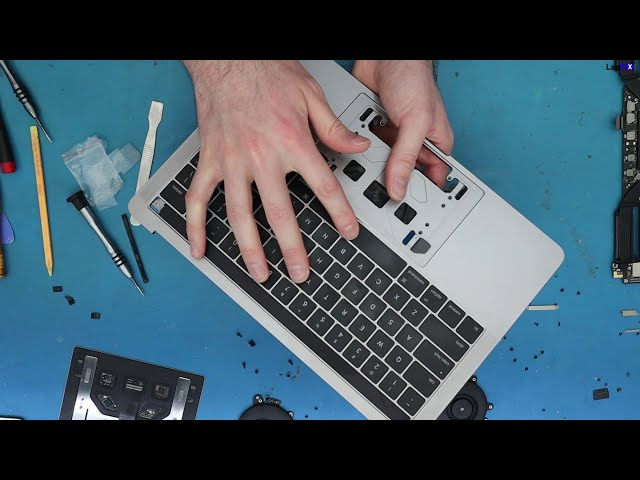 Cleaning MacBook Pro A1706 Butterfly Switch Keyboard Fix