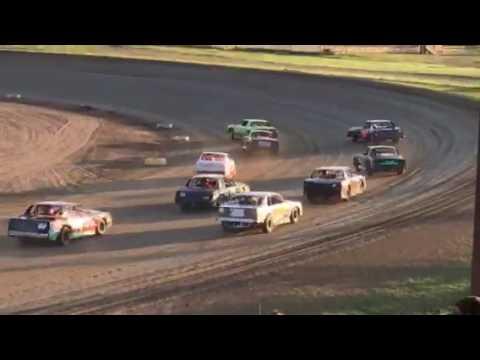7W Purestock Race Viking Speedway 5-28-17 part 2