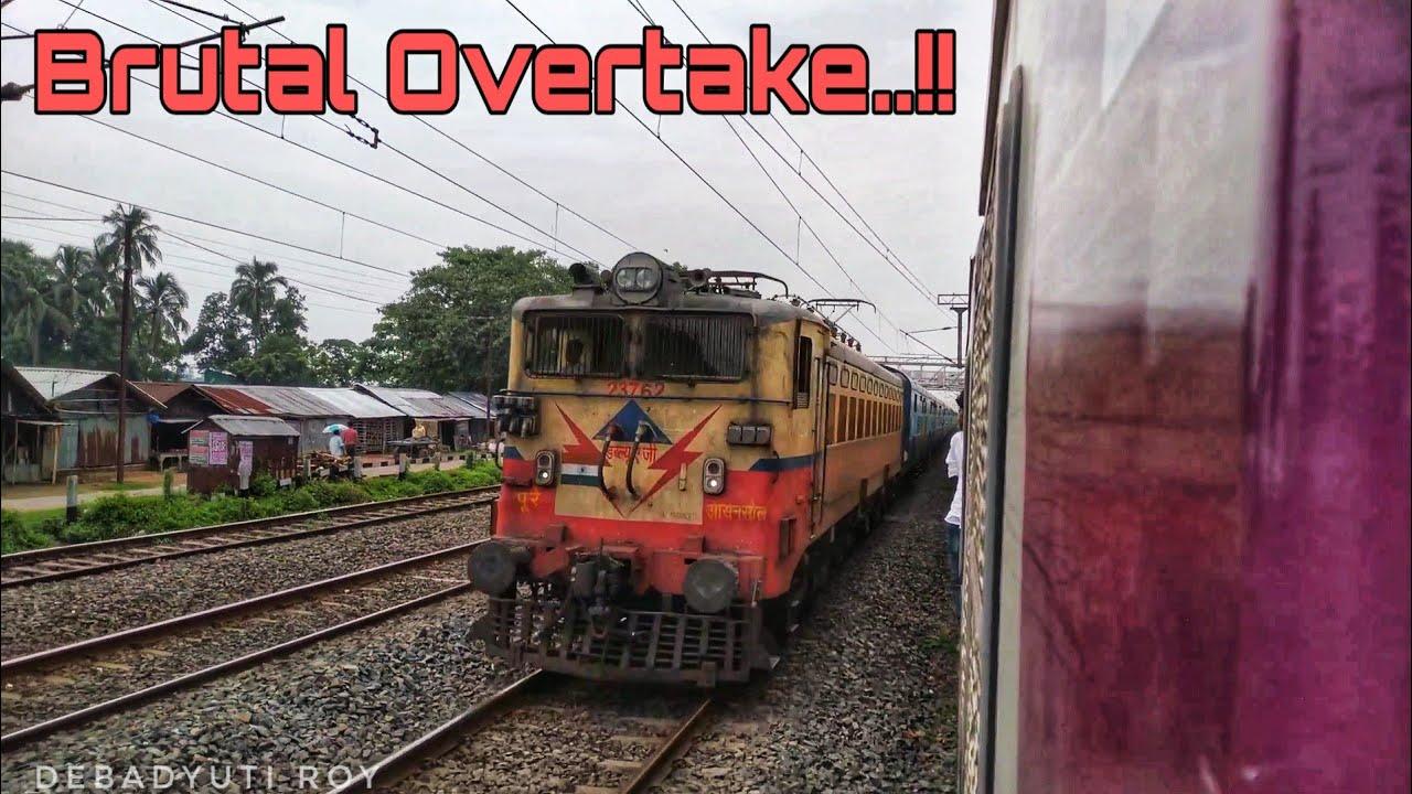 Brutal Overtake..!! 12374 Rampurhat-Sealdah Intercity SF Express Brutally Overtakes Howrah Local