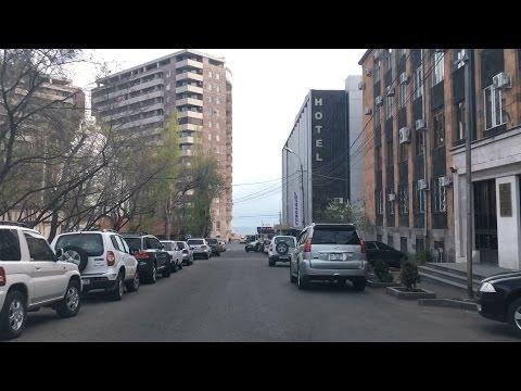 Yerevan, 20.04.17, Video-1, Mekenayov depi Kochar poghots.
