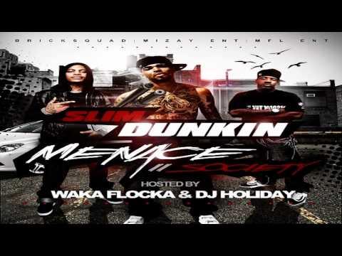 "Slim Dunkin Feat. Waka Flocka & Roscoe Dash- ""Dunk"" (Remix)"