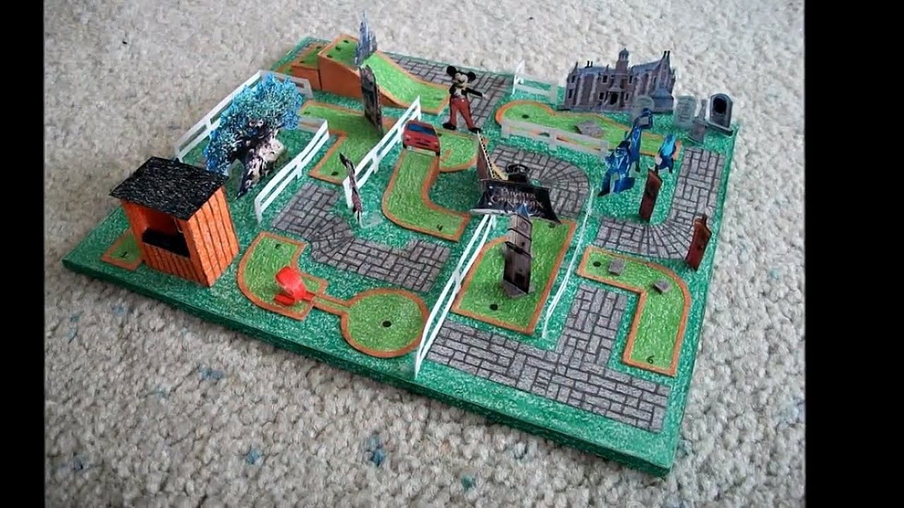 Papercraft Paper Model of a Miniature Golf Course (Disney Themed)