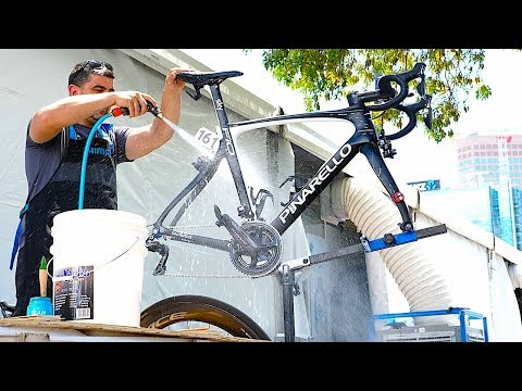 Tour Down Under 2018 - Behind the Scenes with DCRainmaker & Pre-Race Bike Prep