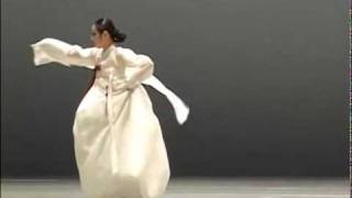 SALPURI (KOREAN SHAMANIC DANCE)