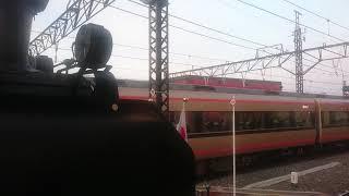 東武鉄道のスペーシア(金色の塗装)