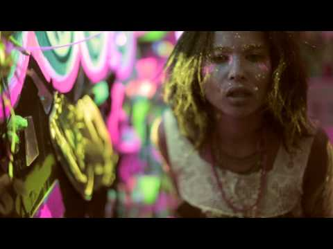 LOLAWOLF - Calm Down (Official Music Video)