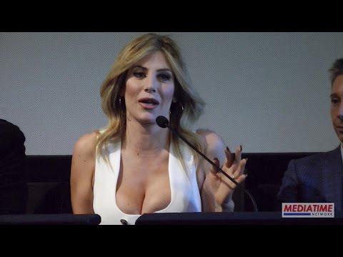 Paola Caruso La Bonas attrice nel film Un Natale al Sud