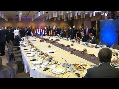 Brexit: Juncker fodert mehr Details
