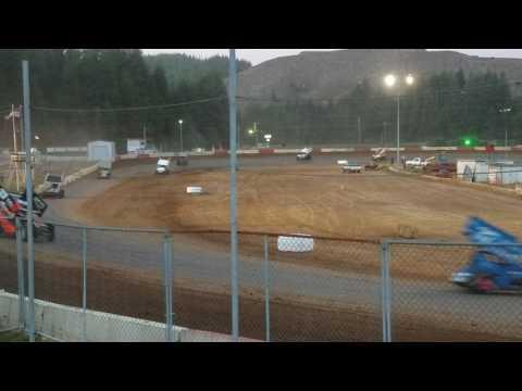7-11-17 sprint car speedweeks coos bay speedway