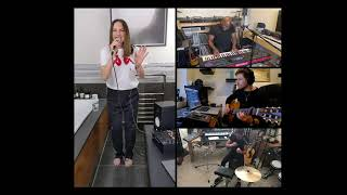 Baixar Melanie C - Bathroom Session ( Who I Am, 2Become1 & I Turn To You acoustic version)