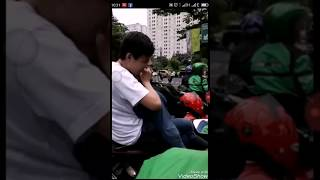 Download Video VIRAL LGBT| Driver gojek cewek berani marahi LGBT.  Mantap gojek MP3 3GP MP4