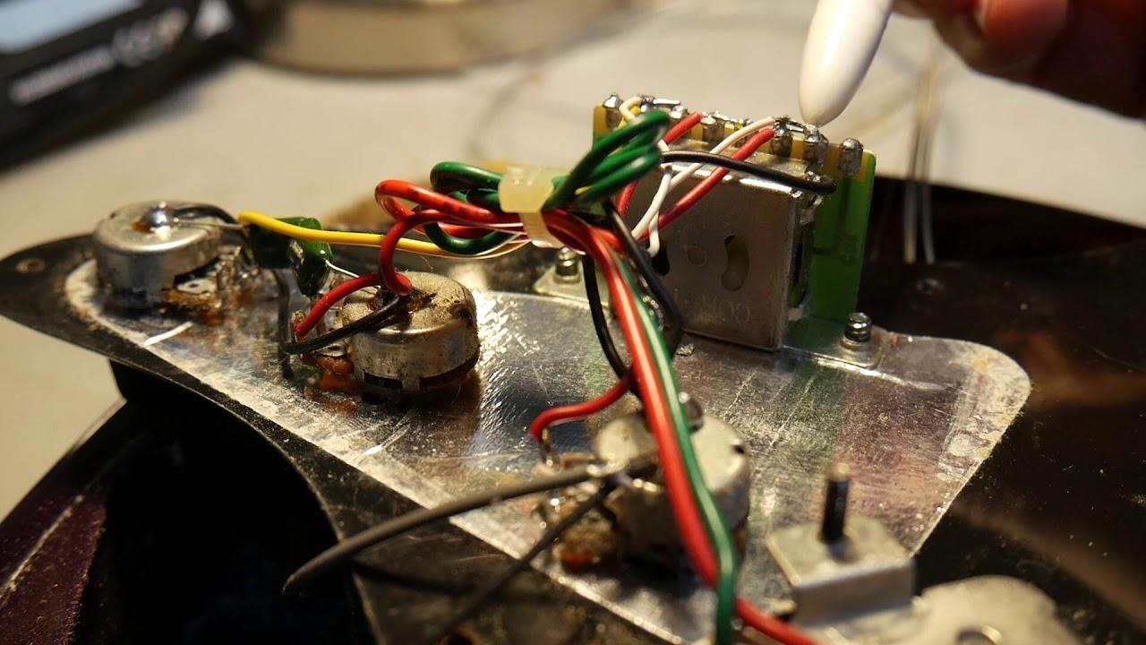 squier by fender standard hh stratocaster wiring [ 1280 x 720 Pixel ]
