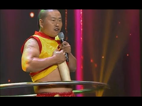 Qi Gong: hula hoop with blades   CCTV English
