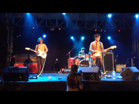 Last Dinosaurs - Time and place (live at Urbanscapes) mp3