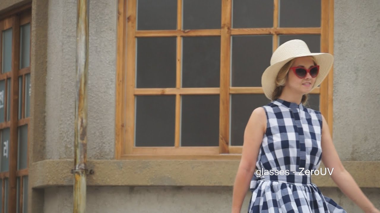 Country style: gingham dress - My Blonde Gal