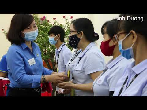 Lãnh đạo TLĐLĐVN thăm và tặng quà cho CNLĐ Công ty Esquel Garment  Manufacturing