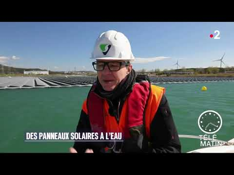 Les panneaux solaires flottants d'Akuo Energy // Akuo Energy floating solar panels