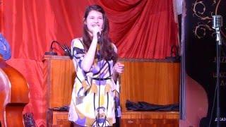 Ксения Грачева, концерт в джаз-баре 48 стульев