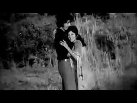 ইশারায় শিস দিয়ে আমাকে ডেকোনা  Isharay Shish Diye Amake শিল্পীঃ সাবিনা ইয়াসমিন, ছবিঃ বন্দিনী,