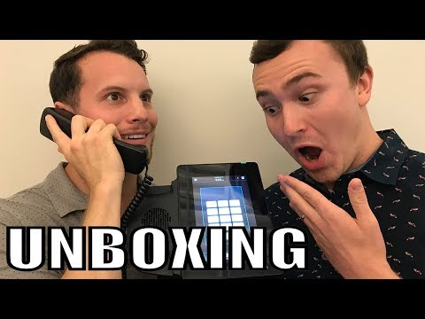 Unboxing/Review of the New D80 Phone! Easy to Use as an iPhone!!