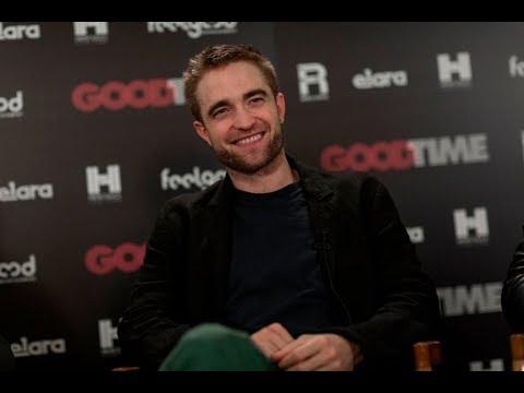 """Ο Ρόμπερτ Πάτινσον στην κάμερα του ΣΙΝΕΜΑ (Robert Pattinson - """"Good Time"""" Interview)"""