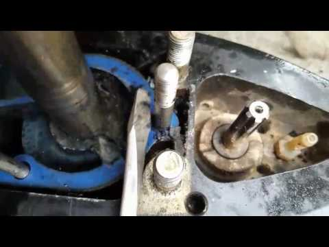How to replace an Impeller on Mercury 135 hp