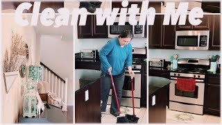 Clean with Me and Decorate the Holiday Dinner Table | VLOG | DITL