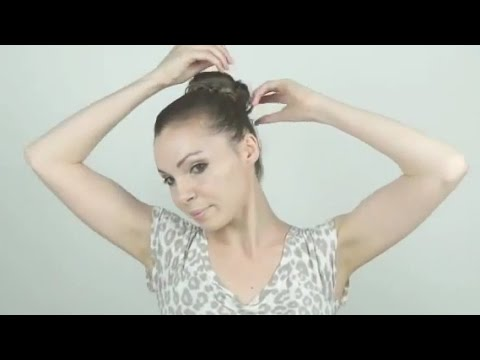 tuto coiffure facile chignon tresse youtube. Black Bedroom Furniture Sets. Home Design Ideas