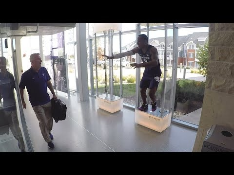 2018-19 K-State Men's Basketball | Barry Brown, Jr. Mannequin Prank
