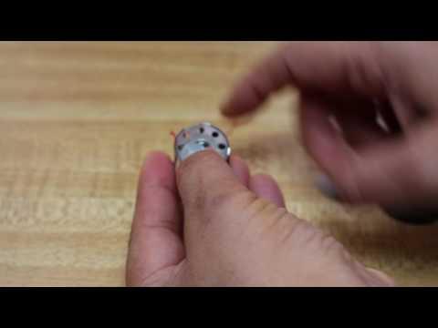 Insert bobbin and bobbin case: DDL 5550 Juki industrial sewing machine