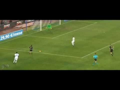 Lorenzo Insigne crazy skill vs Fiorentina