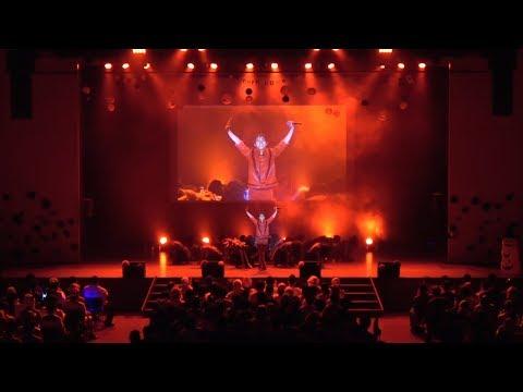 10月28日に山野ホールで行われた3B junior「第29回定例公演 HALLOWEEN SHOW<スリービー・ホラー・ショー>」第2部、冒頭のお芝居&ライブ部分の映像を...