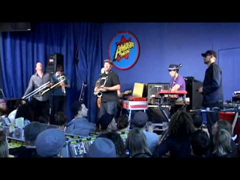Fat Freddy's Drop - Shiverman (Live at Amoeba)